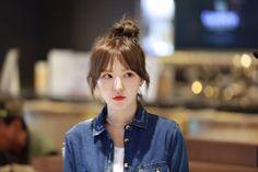 Check out Black Velvet @ Iomoio Seulgi, Idol 3, Irene, Thing 1, Wendy Red Velvet, Black Velvet, Ulzzang, Hairstyle, Korean Girl