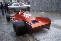 1979 Brabham-Alfa Romeo, driven by Niki Lauda & Nelson Piquet. The hard edges design looks very stealth-like Le Mans, Grand Prix, Nascar, Subaru, Bmw Turbo, Win Car, Toyota, Audi, Auto Motor Sport
