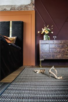 We have a floors and rugs for every space. We offer over 95 different flooring articles in both rolls, tiles, rugs. Use Bolon Studio™ to customize your own flooring solution. Welcome in to discover the creative possibilities with our flooring today. Bolon Flooring, Floor Rugs, Rust, Bed, Soft Rugs, Furniture, Madonna, Design, Villa