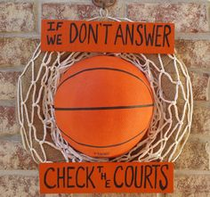 Burlap Basketball Wreath With Wood Sign by GameDayCraftsByLori on Etsy