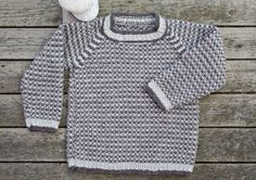 Strik en praktisk drengesweater i perlestrik Knitting For Kids, Baby Knitting Patterns, Baby Barn, Knit Baby Sweaters, Baby Cardigan, Baby Girl Dresses, Baby Wearing, Crochet Clothes, Mantel