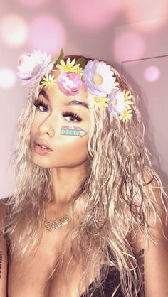 10 Night Out Makeup Ideas That Men Find Irresistible Beauty Makeup, Hair Makeup, Hair Beauty, Curly Hair Styles, Natural Hair Styles, Selfies, Pelo Natural, Pretty Females, Girl Inspiration