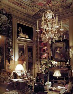 je tiens à vous habiller en robe à la française — speciesbarocus:   Pierre Berge's apartment.  >...