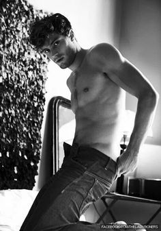 Hello Christian Gray (aka Jamie Dornan)
