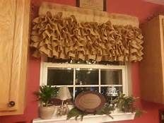 Love as a valance for kitchen.