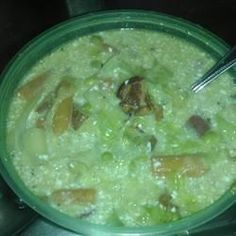 This vegetable soup recipe incorporates sauteed bacon bits and onion with cabbage and onions in a chicken broth. Sour cream and peas are added immediately before serving. Cabbage Patch Soup Recipe, Cabbage Soup Recipes, Vegetable Soup Recipes, Healthy Diet Recipes, Crockpot Recipes, Cooking Recipes, Cooking Tips, Healthy Eating, Chili Soup