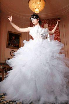 Big wedding dress - getting ready for love