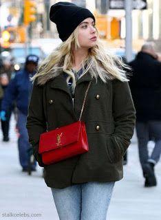 CELEBRITY STYLE | 海外セレブファッション 最新ゴシップ画像: 【アシュレイ・ベンソン】ニット帽が似合う!ショートコート×デニムでお出かけ!