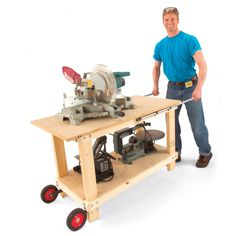 Woodworking Shop How to Build a Tool Barrow — The Family Handyman - Build this tool table! It organizes bench-top tools, rolls them right where you need them, then stands rock-steady when you put the tools to work. Workshop Storage, Workshop Ideas, Tool Storage, Workshop Bench, Garage Workshop, Tool Table, Tool Cart, Garage Interior, Garage Makeover