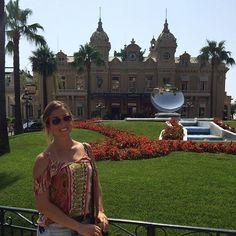 "#Casino "" E teve boatos que eu ainda estava na pior. Se isso é ta na pior.. POORRAN!"". Cassino de Monaco!   #Monaco #MonteCarlo #Cassino #France #AnnaViaja by annaaelisa21 from #Montecarlo #Monaco"