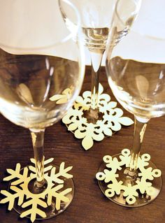 24 Snowflake Wine Glass Slipper Tags by MKpaperie on Etsy, $15.00