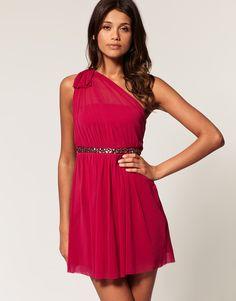 One-shoulder flowy dress