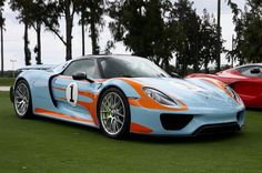Porsche 918 Spider painted in a Gulf livery w/ Weissach package  Photo taken by: @bentley_babe97 on Instagram