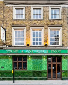 London | Young & Co's Ale and Stout, Wandsworth