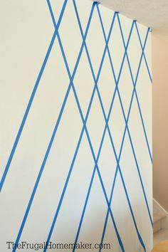 How to Paint a Diamond Accent Wall using ScotchBlue™ Painter's Tape