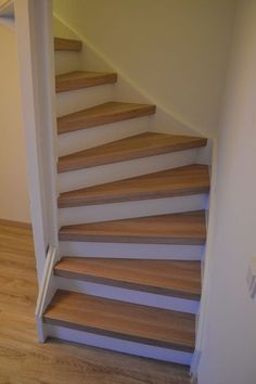 Best Ideas For Bedroom Loft Stairs Storage Open Stairs, Bunk Beds With Stairs, Attic Stairs, House Stairs, Basement Stairs, Attic Renovation, Attic Remodel, Attic Bathroom, Attic Rooms
