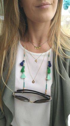 Handmade Accessories, Handmade Jewelry, Diy Necklace Holder, Beaded Jewelry, Beaded Bracelets, Eyeglass Holder, Bunt, Creations, Etsy
