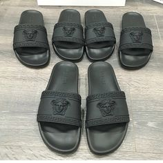 35211cfacb10b Men s Versace slides Sz 8.5 can fit a US 7 or 7.5 Brand new in box
