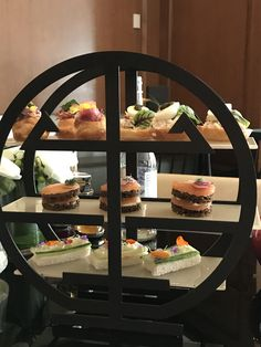 Are you a #RoyalWedding2018 fan? You're going to want to read how you can enjoy an afternoon tea fit for royalty at @RitzCarlton. #DoTheDaniel Toronto Contributor @arameginliyan recently got a preview and brought us all BTS with him today! #Sponsored