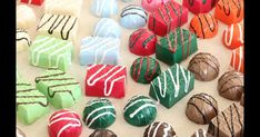 Candy Christmas Decorations, Christmas Candy, Christmas Themes, Christmas Crafts, Xmas, Diy Resin Crafts, Crafts To Do, Fake Food, Candy Making