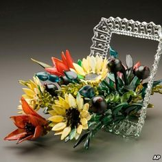Ginny Ruffner  | ginny ruffner is best known for her intricate glass flowers