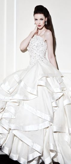 #Yumi Katsura Couture.... This is sooooo close to perfect, I can't even believe it.