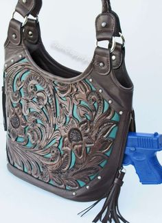 An inside the waistband pistol holster choice. Murph's Custom Leather Inside the waistband 1911 holster. Concealed Carry Women, Concealed Carry Purse, Conceal Carry, Leather Purses, Leather Bag, Women's Handbags, Designer Handbags, Fashion Bags, Fashion Handbags