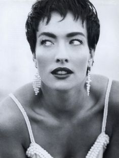 Tatjana Patitz by Herb Ritts - US Vogue May 1991 Classic Beauty, Timeless Beauty, Tatiana Patitz, Herb Ritts, Model One, Vogue Us, Black And White Design, Vogue Magazine, Strike A Pose