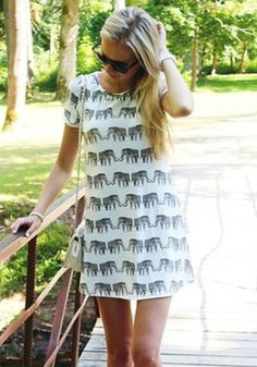 White Elephant Print Short Sleeve Loose Polyester T-Shirt