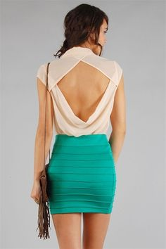 The back. Most underrated sexy part of a woman's body. LOVE this!