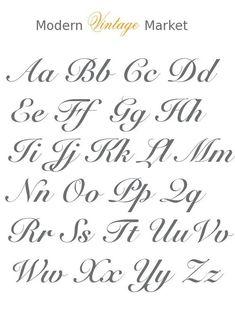 Brautjungfer Make-up Taschen-Monogrammed Make-up Taschen-Kosmetiktaschen-Make-up. - Brautjungfer Make-up Taschen-Monogrammed Make-up Taschen-Kosmetiktaschen-Make-up Taschen-Sackleinen Source by Calligraphy Fonts Alphabet, Copperplate Calligraphy, Tattoo Lettering Fonts, Hand Lettering Alphabet, Cursive Letters, Lettering Styles, Brush Lettering, Handwriting Fonts, Script Fonts