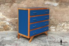 COMMODE 4 TIROIRS / BLEU / PIEDS COMPAS / VIN-COM-012 Decor, Furniture, Dresser, Ombre Dresser, Home, Home Decor