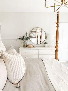Bedroom Apartment, Home Bedroom, Room Ideas Bedroom, Bedroom Decor, Decorating With White Bedroom Furniture, Modern Farmhouse Bedroom, White Farmhouse, Modern Bedroom, My New Room