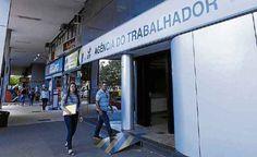 Brasil já perdeu 623 mil empregos formais apenas neste ano Somente em julho foram eliminadas 94,7 mil vagas com carteira assinada, o segundo pior resultado para o mês nos registros no Ministério do Trabalho. Com a economia ainda fraca, especialistas não veem perspectivas de melhora no horizonte