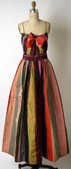 1940s Hattie Carnegie Evening dress Metropolitan Museum of Art, NY