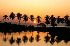 Tu luna de mile ideal en una de las playas mas hermosas Ixtapa.