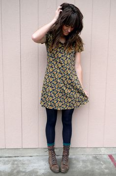 the moptop: leggings, tunic dress, lace-up boots: love her style