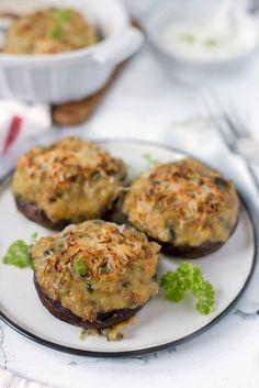 Vöröslencsés töltött portobello - Kifőztük Portobello, Bruschetta, Paleo, Salmon Burgers, Healthy Dinner Recipes, Baked Potato, Breakfast, Ethnic Recipes, Food