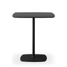 Stylus 5400 is a table base with central column. Very stable, it is suitable for both square and round table tops.