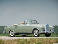 Mercedes-Benz SE 220 1961 year of my birth. My dream car I want to drive when I am an old lady!
