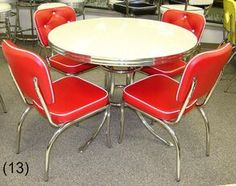 COOL Retro Dinettes | 1950's Style | Canadian Made Chrome Sets Retro Table And Chairs, Retro Kitchen Tables, Retro Dining Rooms, Retro Dining Table, Diner Table, Vintage Kitchen, Dining Tables, Dining Set, 1940s Kitchen
