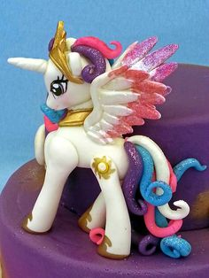 Princess celestia cake topper