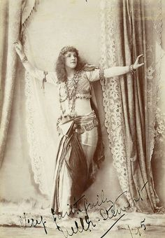 Nellie Stewart as Mam'zelle Nitouche, 1895 / The Falk Studios, Sydney by State Library of New South Wales collection, via Flickr