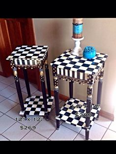 Hand Painted Black and White Accent Side por paintingbymichele