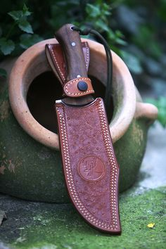 leather holster for a knife