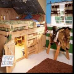 Bed/ toy horse barn