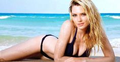 The 21 Absolute Sexiest Pictures of April Bowlby
