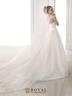 板橋蘿亞手工婚紗 Royal handmade wedding dress 婚紗攝影 購買婚紗 單租婚紗 西班牙 Pronovias MOANA MOLLY