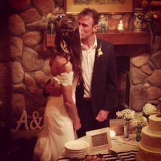 Wedding kiss and cake - two of my favorite things.