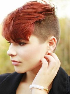 Short hair color pictures What kind of short hair color should I choose for Spring and Summer Undercut Hairstyles Women, Short Hair Undercut, Undercut Women, Modern Hairstyles, Short Hairstyles For Women, Cool Hairstyles, Modern Undercut, Female Undercut, Shaved Hairstyles